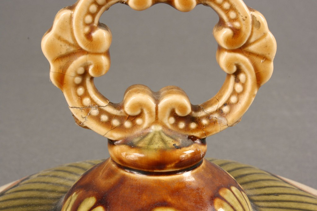 Lot 253: Large Ceramic Tureen and platter, Geschutzt
