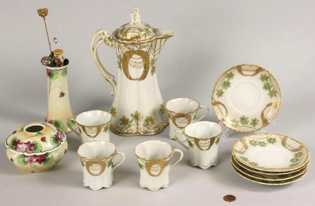 Lot 261: Lot of 13 pcs Nippon Porcelain