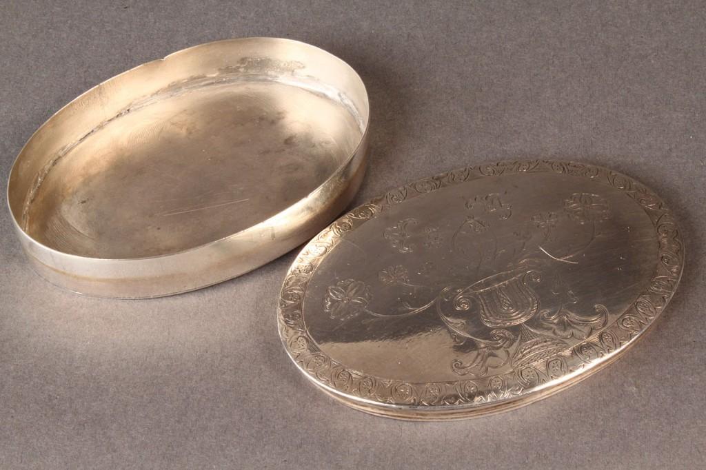Lot 291: Silver Snuff Box, late 18th c.
