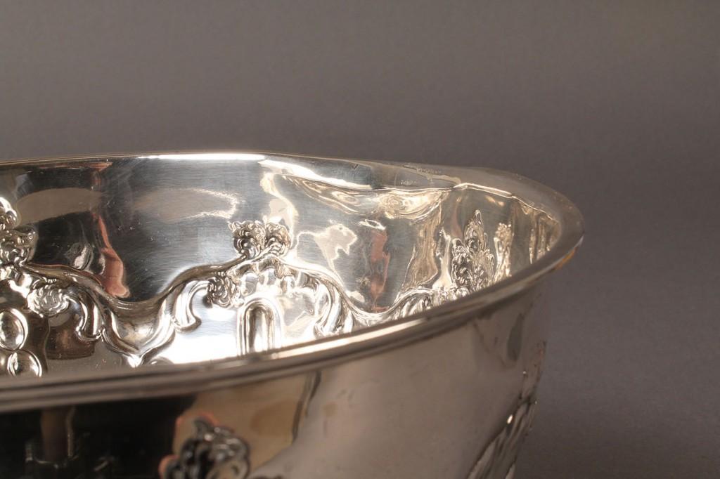 Lot 292: English Sterling Silver Fruit Bowl