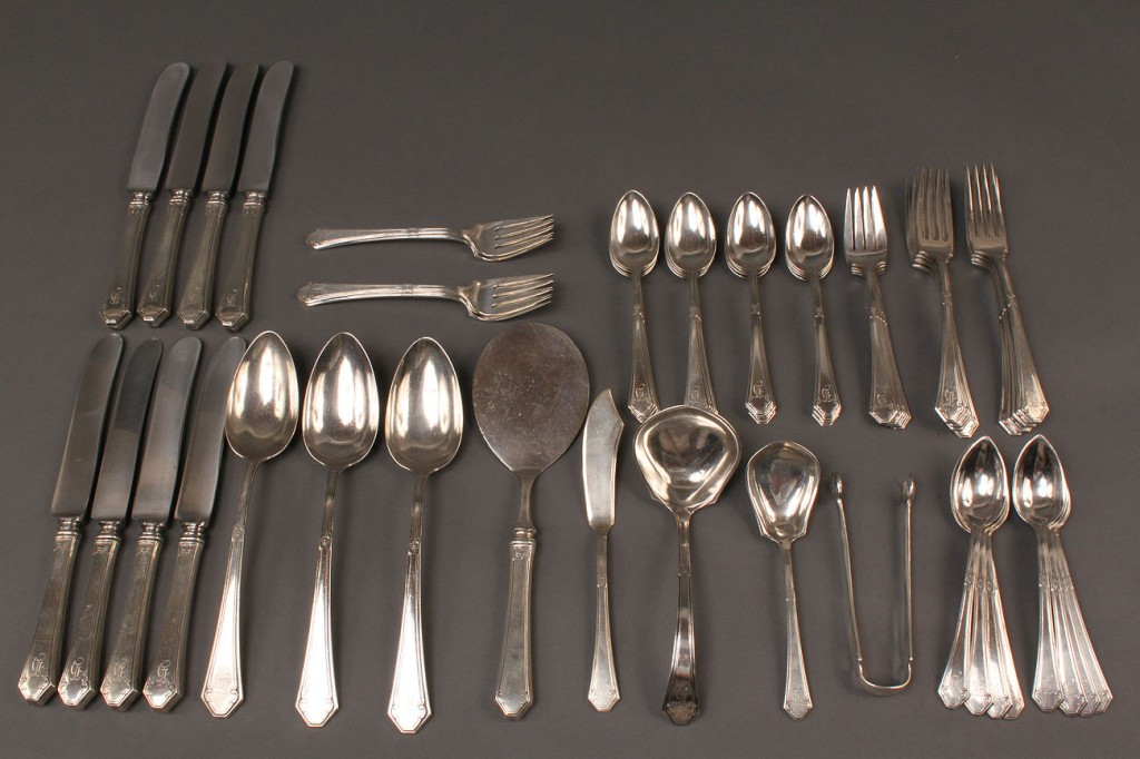 Lot 303: Towle Sterling Flatware, Lady Mary, 56 pcs.
