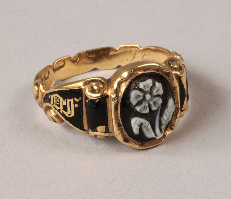 Lot 319: Victorian Cameo and Hair Work Mourning Ring