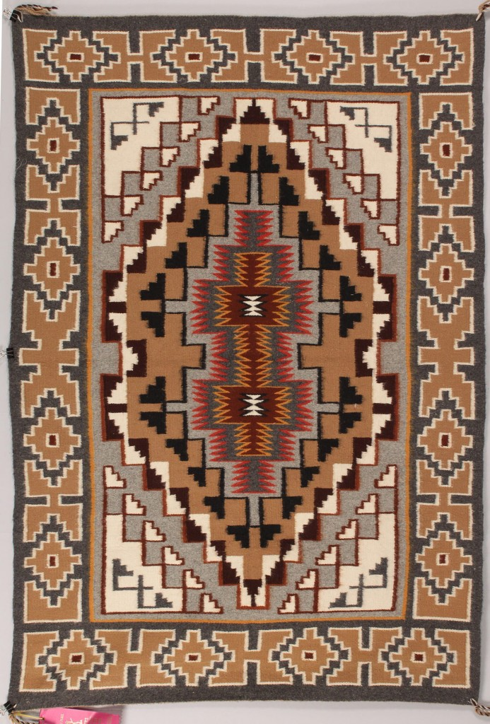 Lot 331: Tec Nos Pos rug by Sarah Begay, 1st prize winner