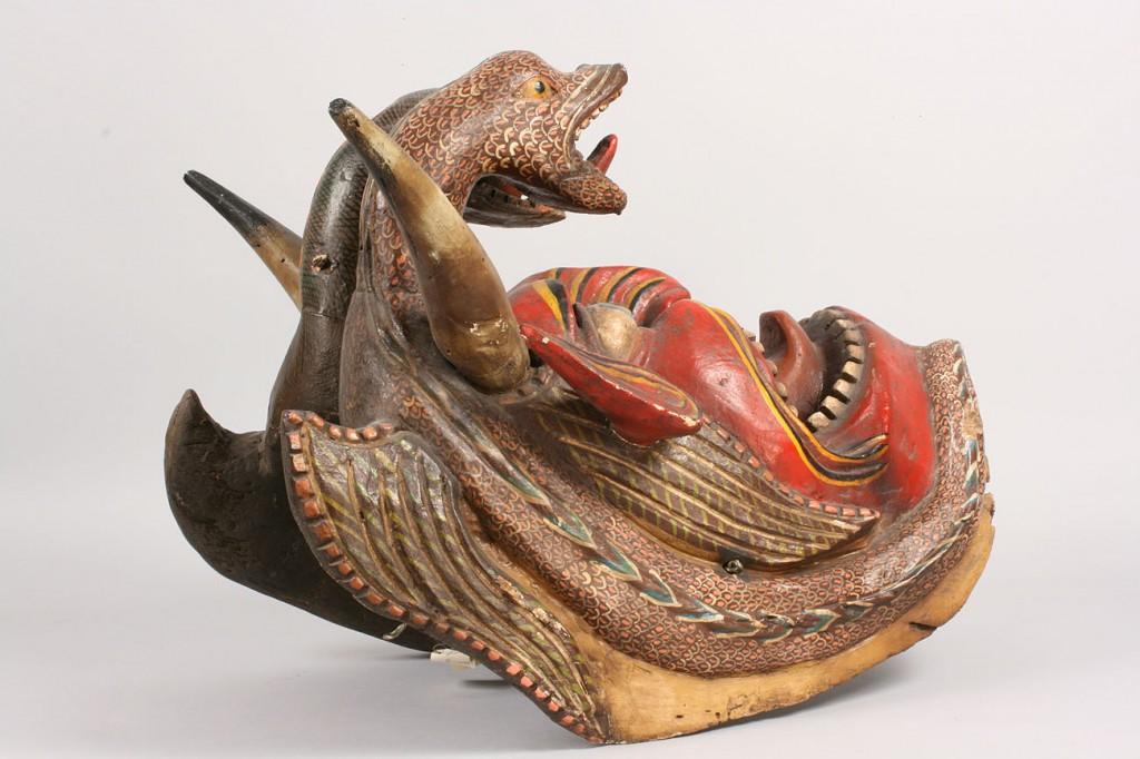 Lot 351: Large painted Mexican folk art Diablo mask