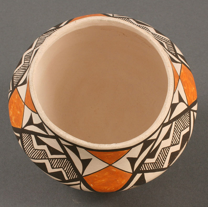 Lot 361: Acoma, NM pot by Lucy Lewis