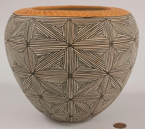 Lot 367: Acoma, NM star pattern bowl by Juana Leno