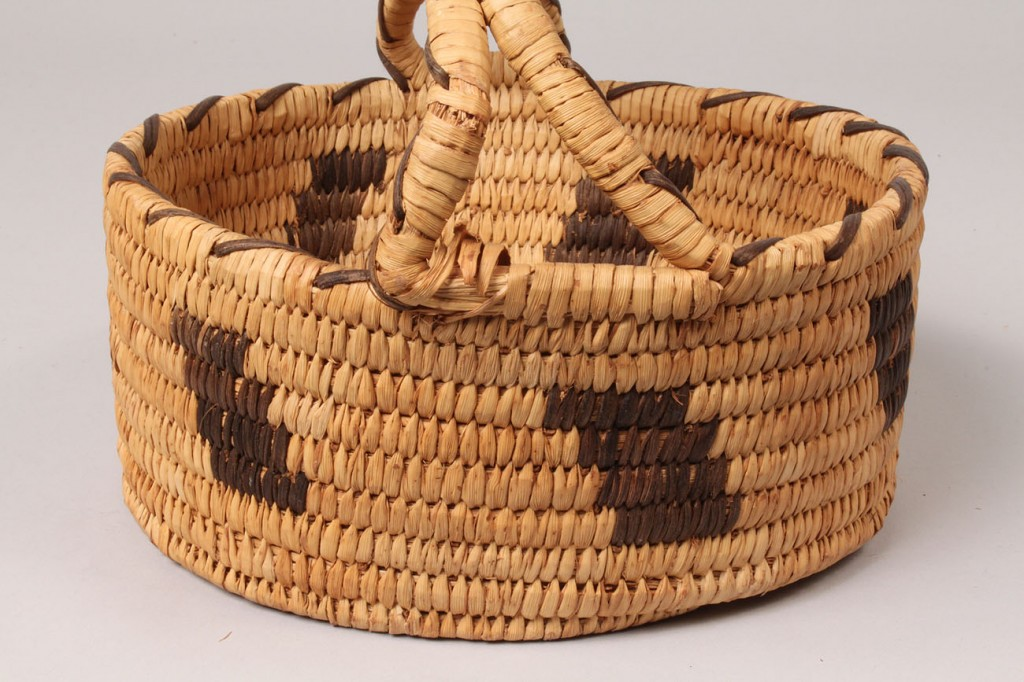 Lot 371: Group of 3 Southwest Indian Baskets