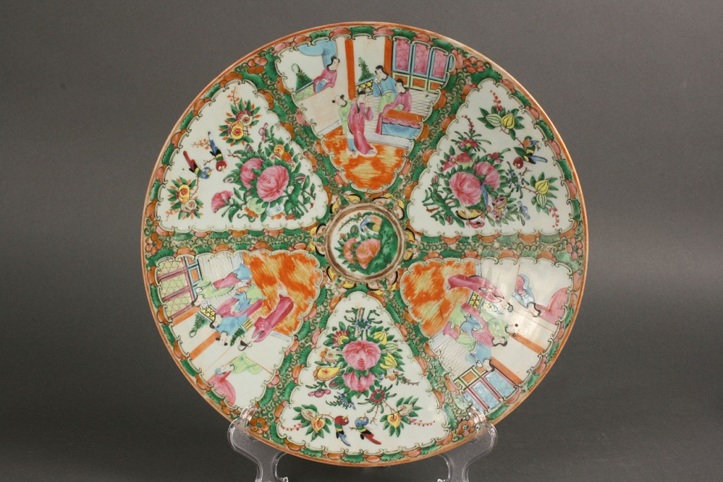 Lot 437: Rose Medallion Charger and 5 plates