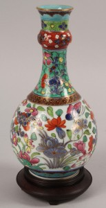 Lot 447: Clobbered Chinese Vase, 18th century