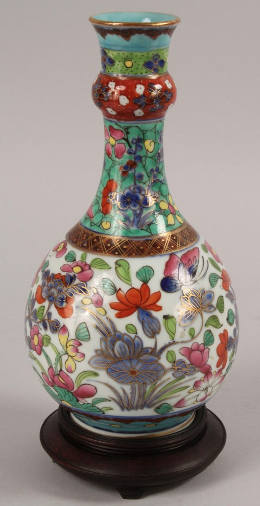 Lot 447: Clobbered Chinese Vase, 18th century