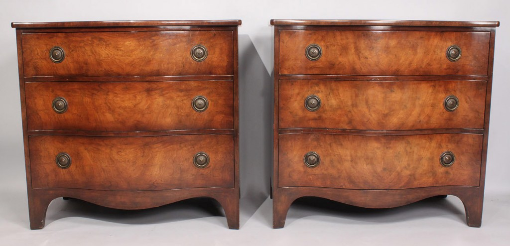 Lot 468: Pair of Serpentine Chests by Baker