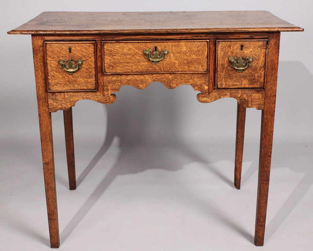 Lot 474: George III oak Dressing Table