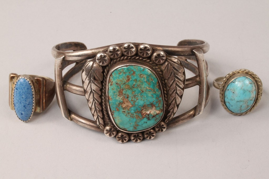 Lot 501: Navajo jewelry and Sterling silver case