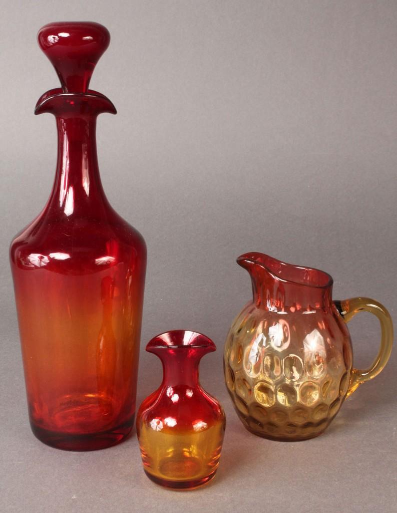 Lot 562: 3 pieces Amberina Thumbprint Glass