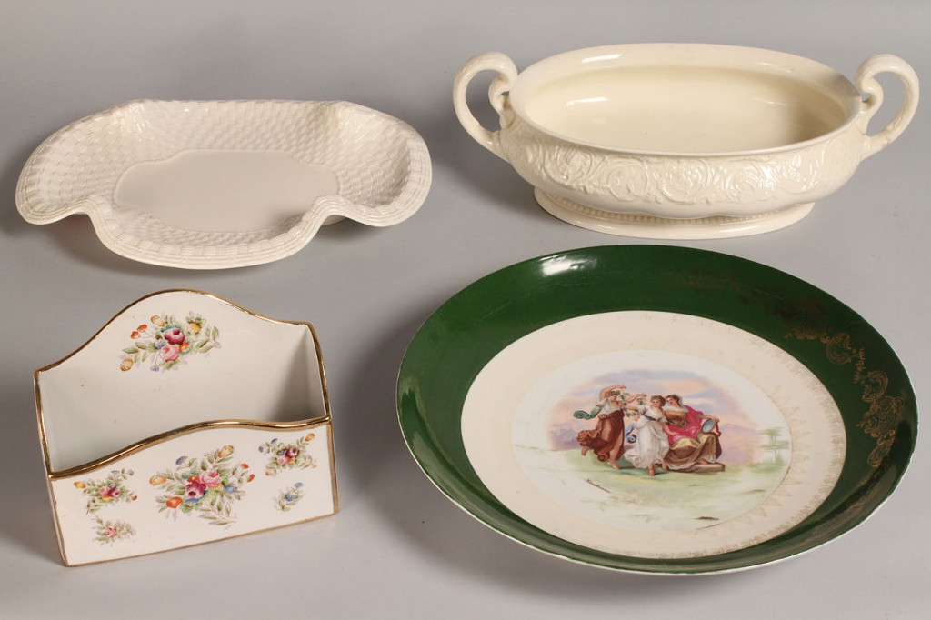 Lot 582: Assorted European Porcelain, 4 pcs.
