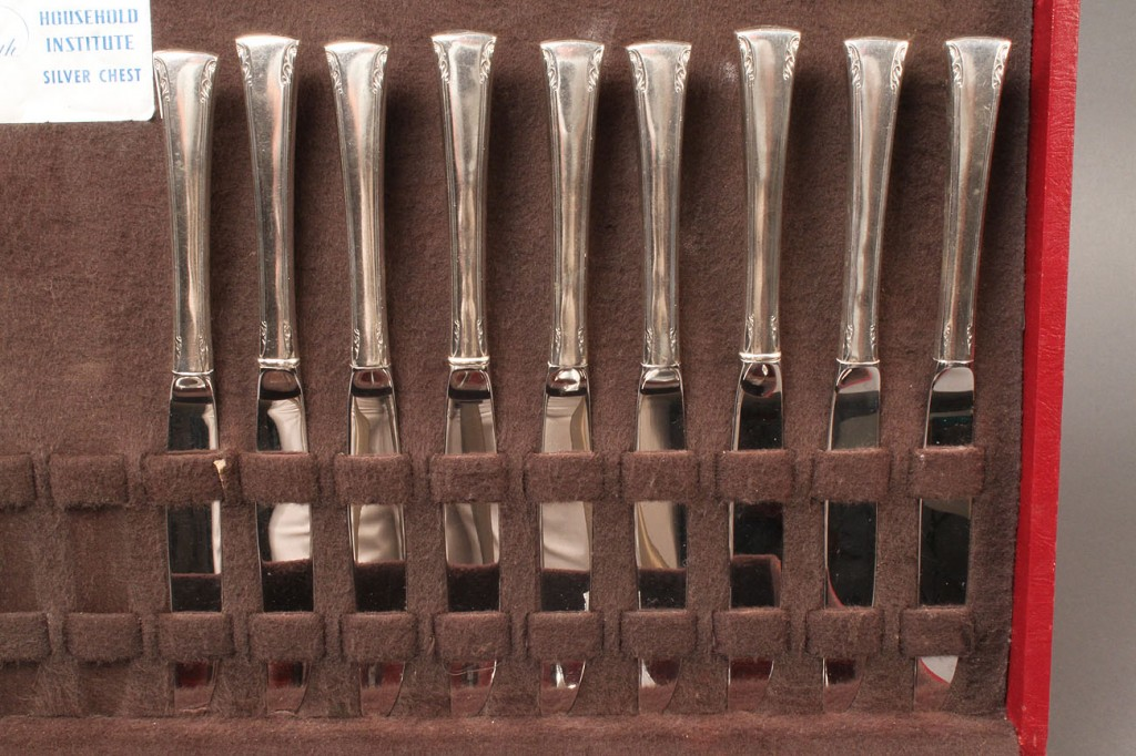 Lot 592: International Sterling Flatware, Serenity pattern,