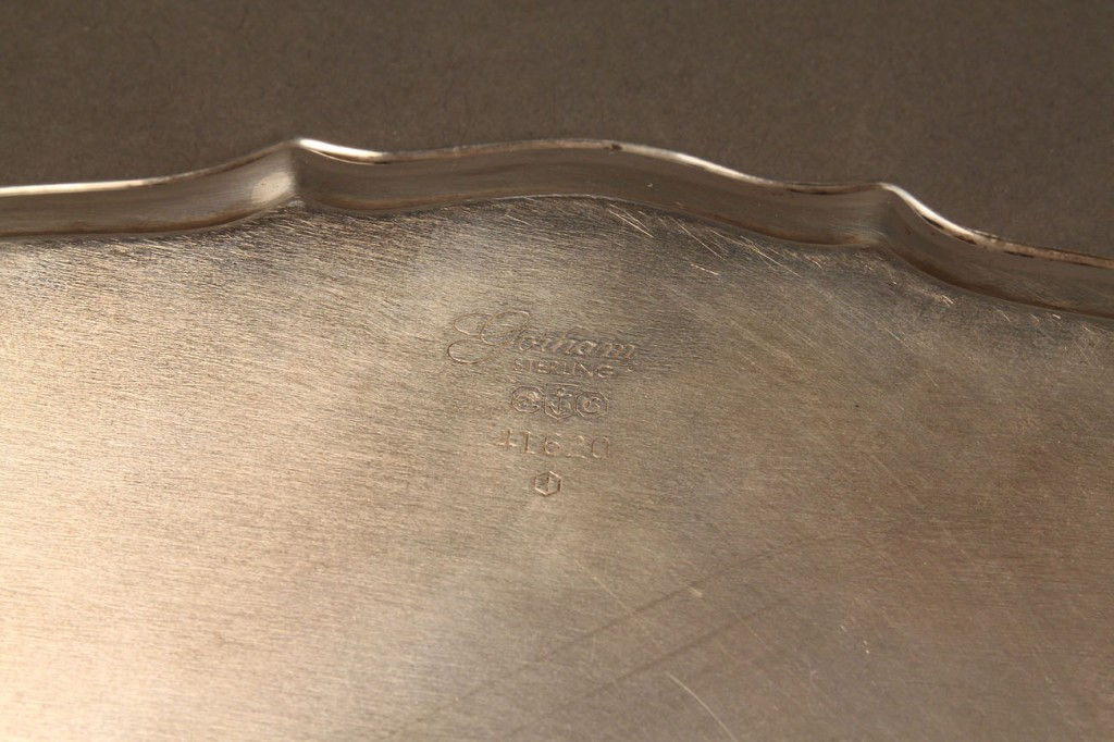 Lot 595: 2 Small sterling bowls and a small tray