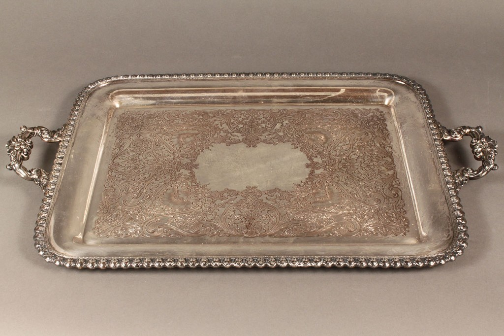 Lot 596: 19 pcs Silver & Silverplate inc. figural napkin ri