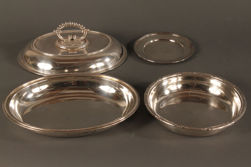 Lot 620: Lot of 6 Silverplated serving dishes