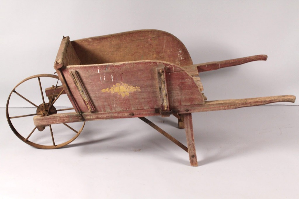 Lot 629: Jackson Mfg. Co. Type #5 Wheelbarrow