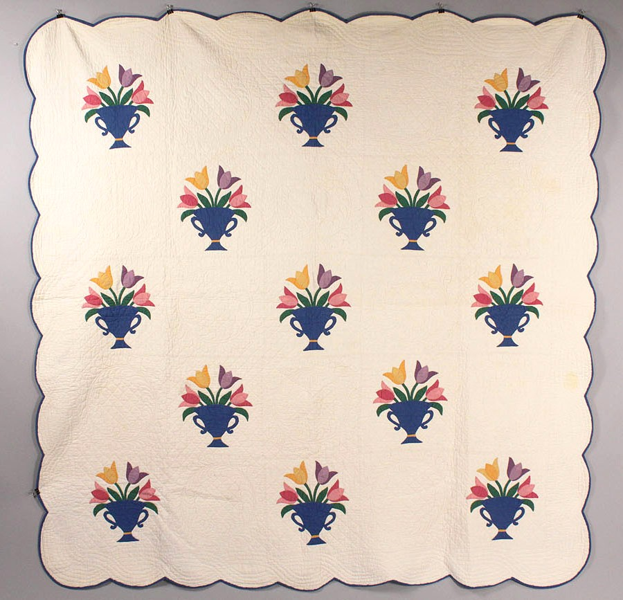 Lot 635: Pennsylvania Tulip Quilt