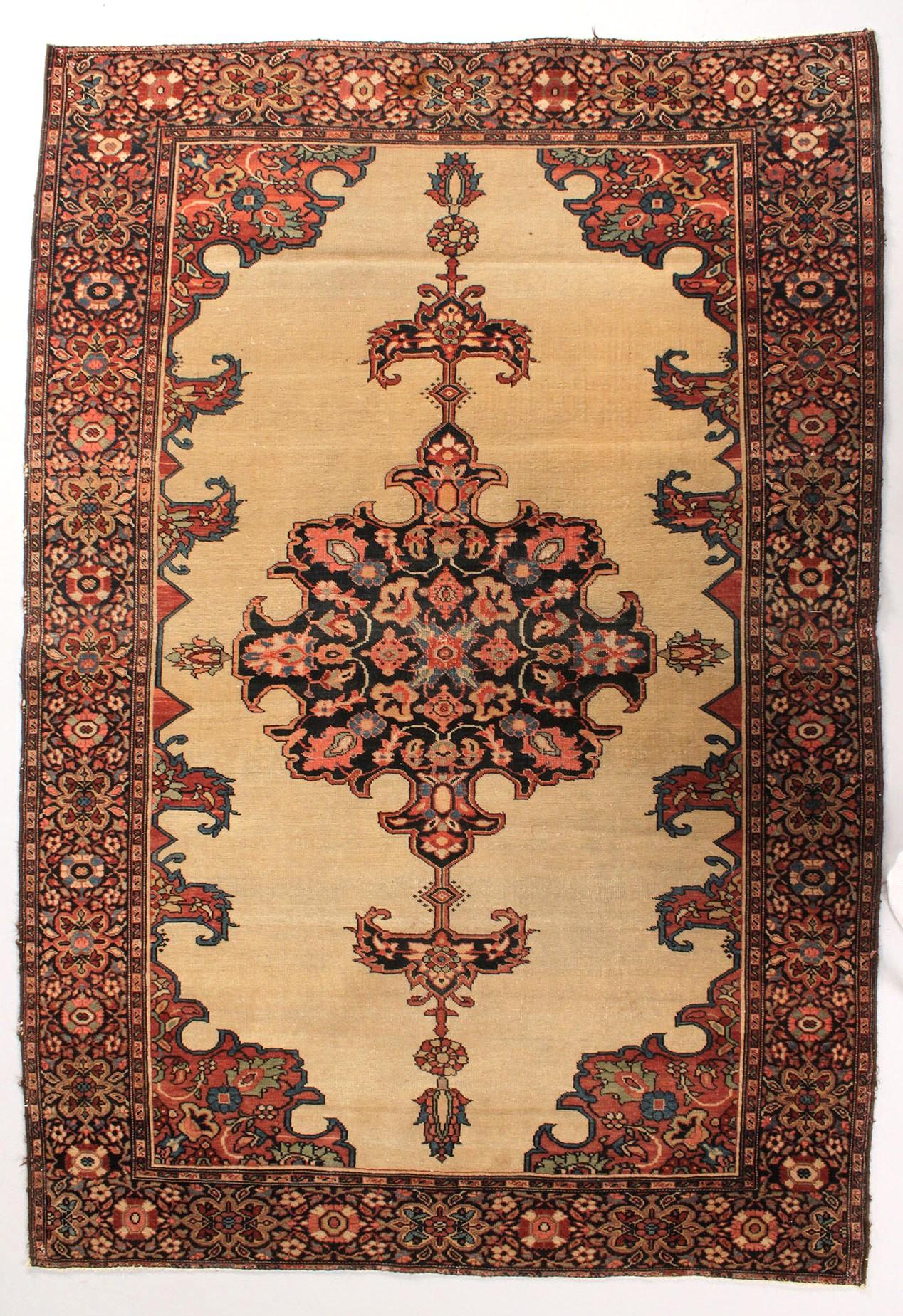 Lot 638: Farahan Sarouk Rug, Persia