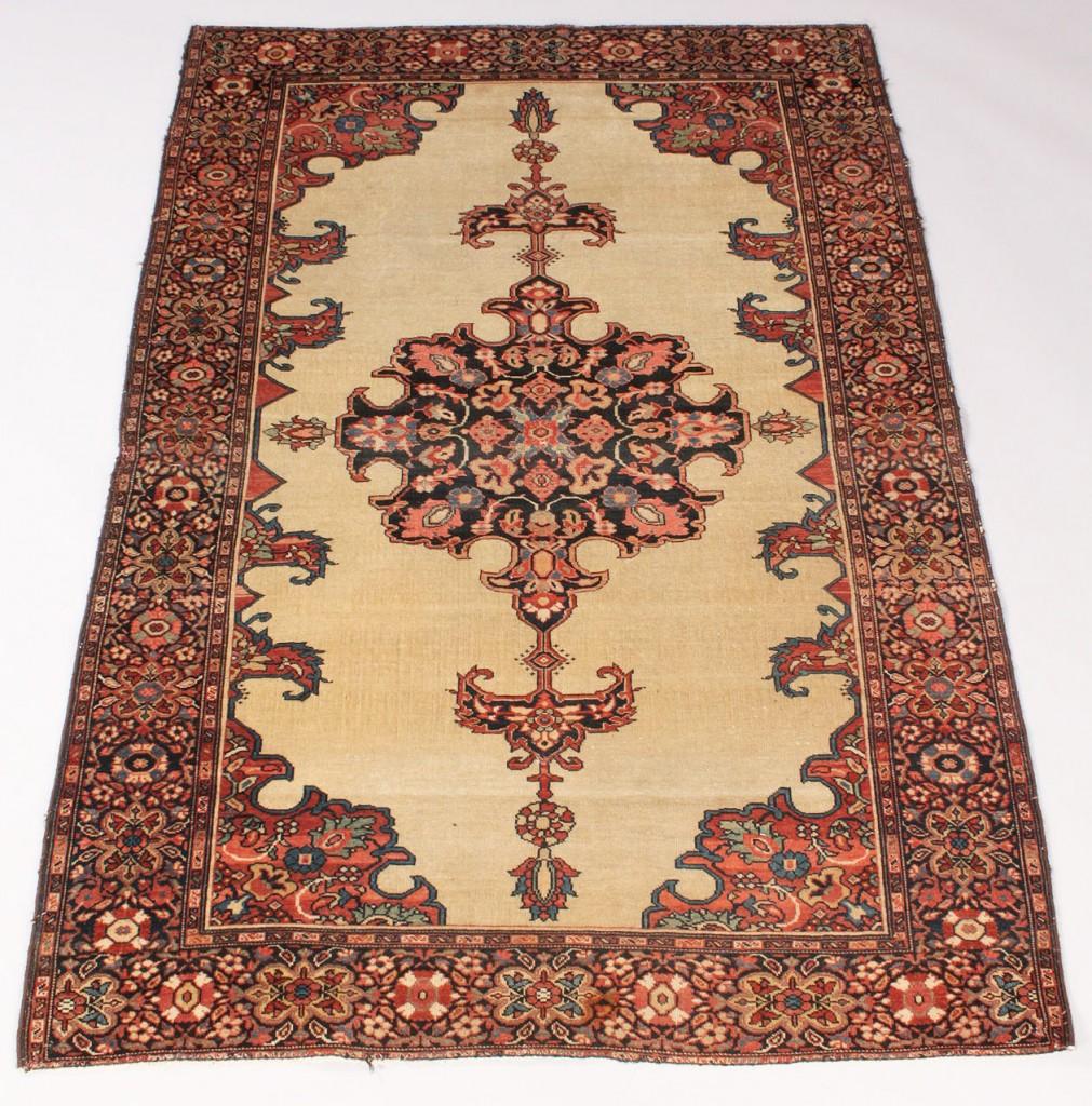 Lot 638 Farahan Sarouk Rug Persia