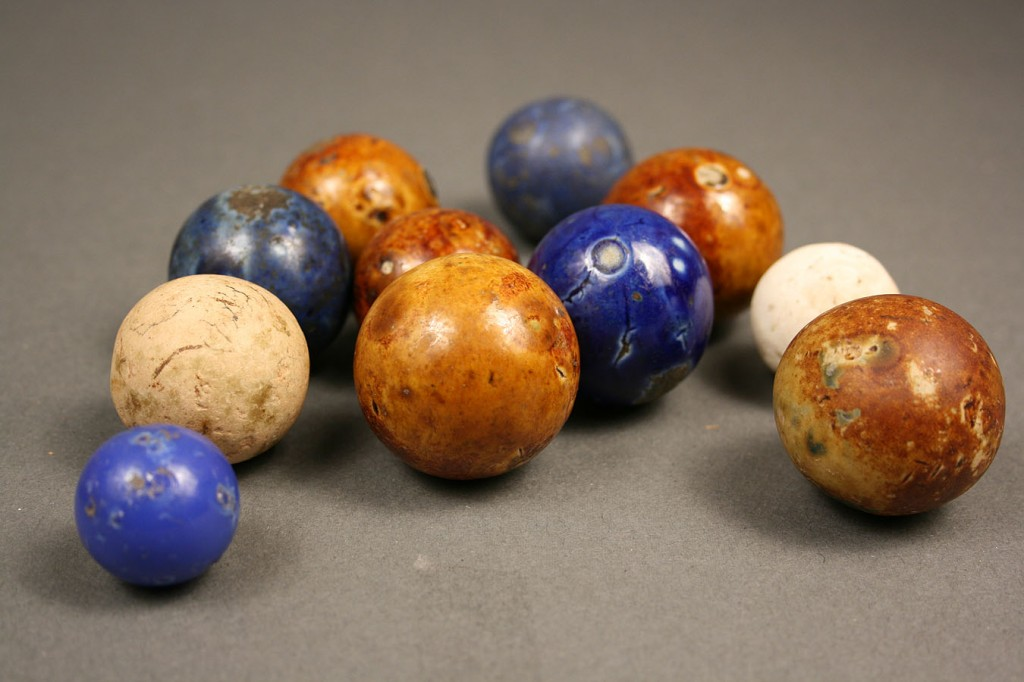 Lot 651: Lot of Approx. 60 marbles, incl. Bennington