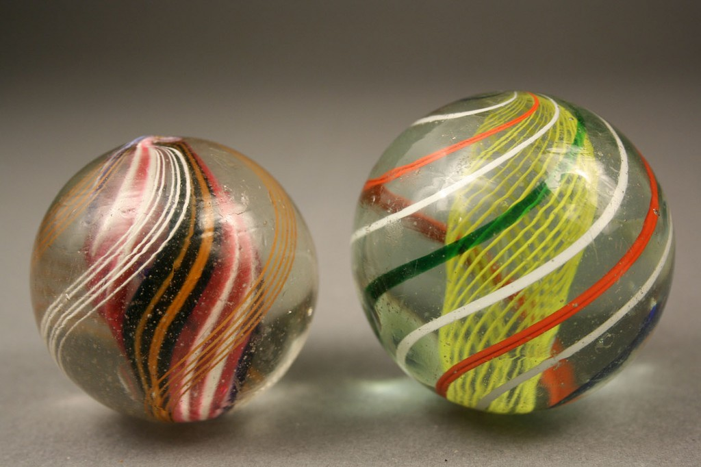 Lot 653: Lot of 4 Early Swirl Marbles