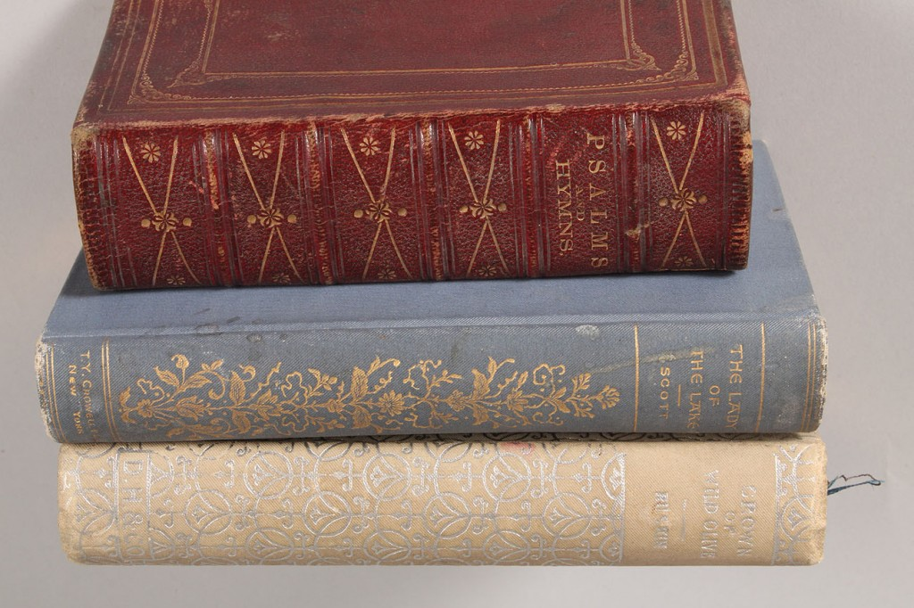 Lot 667: Lot of 5 collectible books
