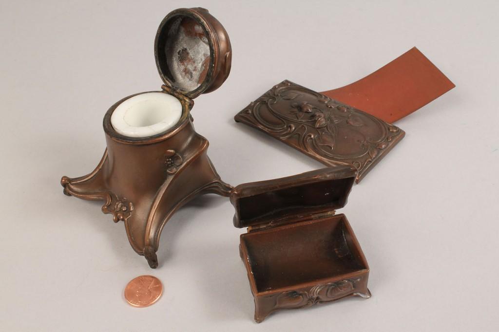 Lot 679: Art Nouveau Desk Set, 3 pcs.