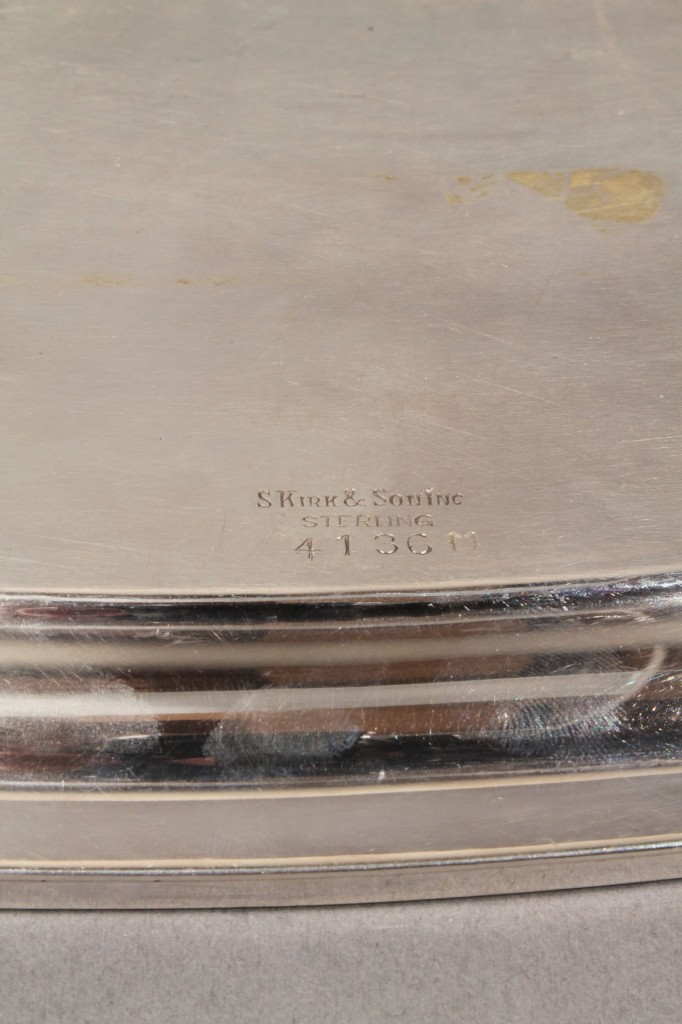 Lot 86: Kirk & Son Silver Tea or Coffee Service, 4 pcs
