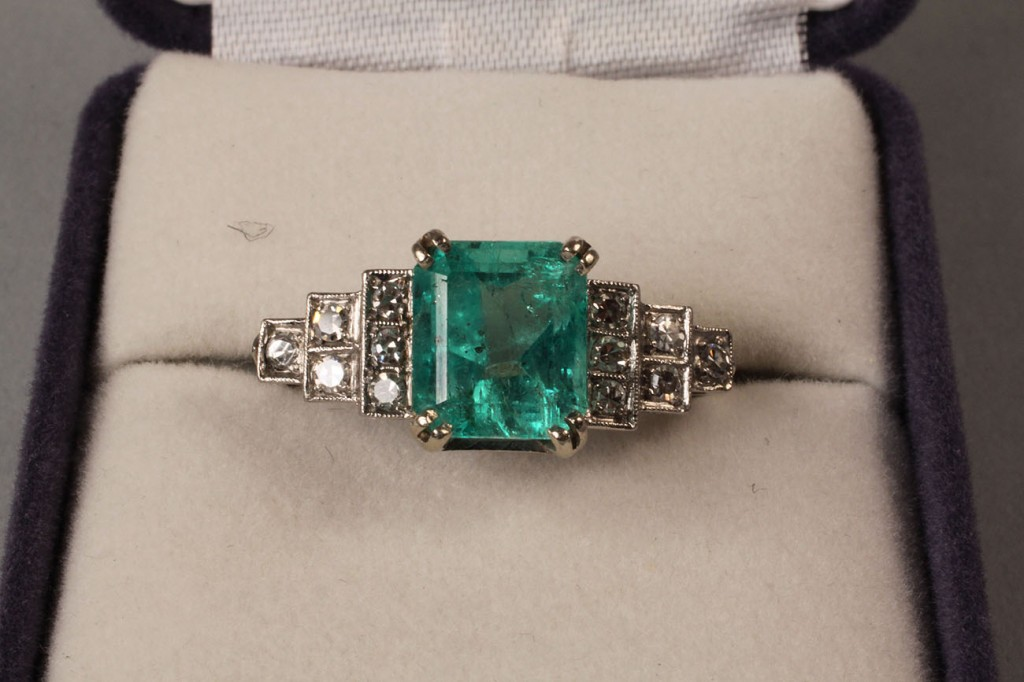 Lot 96: Ladies Emerald & Diamond Ring