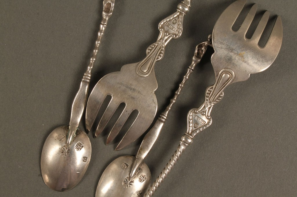 Lot 125: 16 pcs of silver flatware, Sevier family