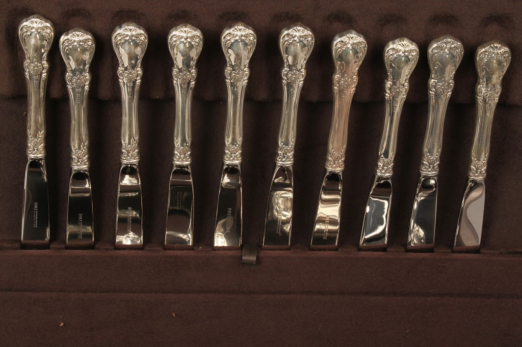 Lot 152: Towle Sterling Flatware, Old Master, 75 pcs