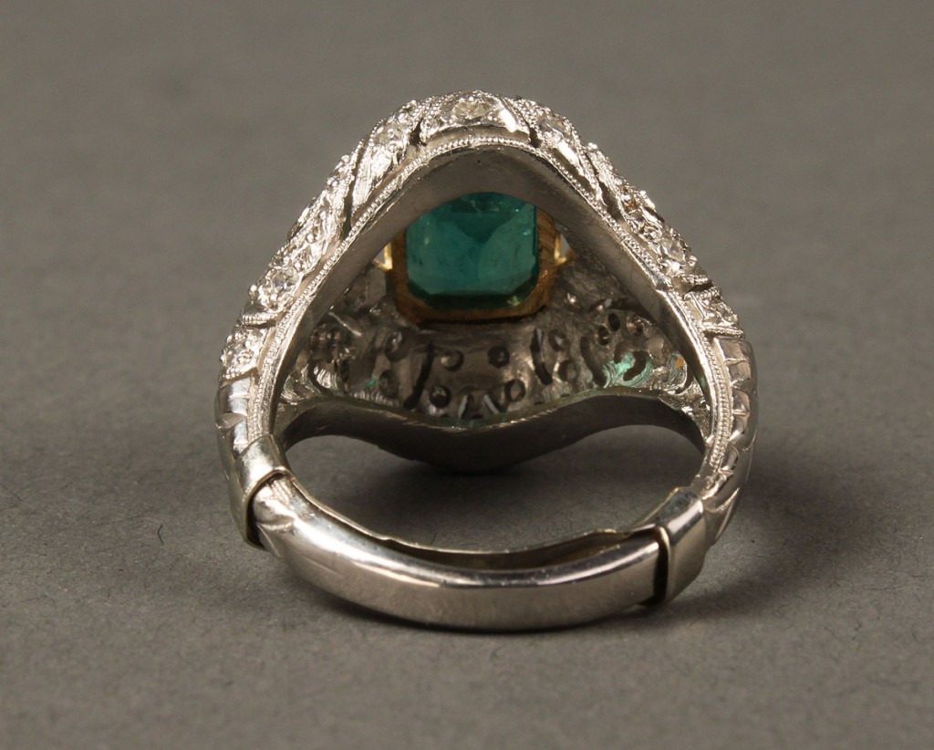 Lot 158: 18K Emerald and Diamond Ring