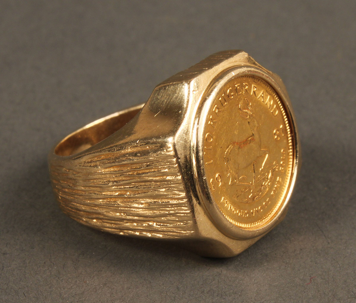 lot 163 two 14k gold coin rings