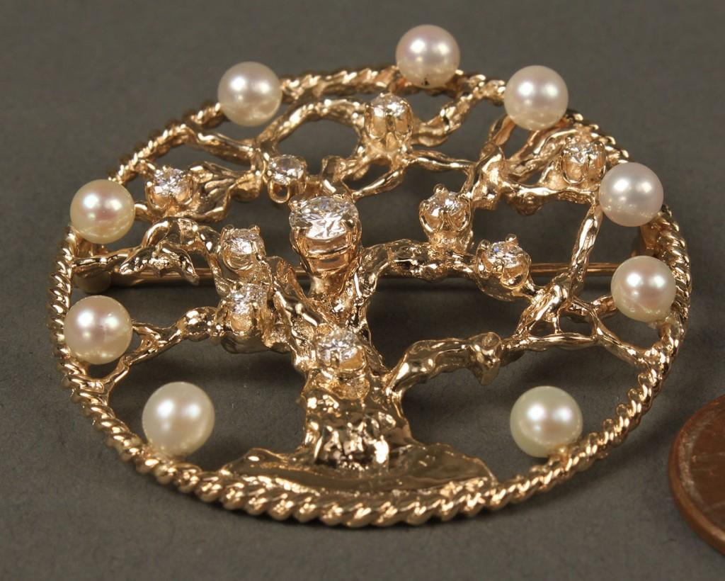 Lot 164: 14K Pearl & Diamond Brooch