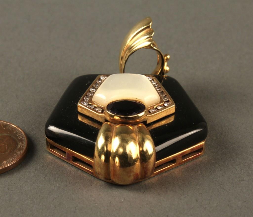 Lot 175: 18K Gold, Onyx, Amethyst, Diamond pendant