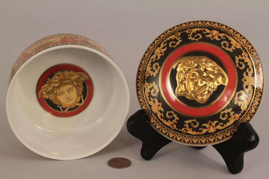 Lot 214: Rosenthal Dinnerware, Versace's Medusa, 64 pcs
