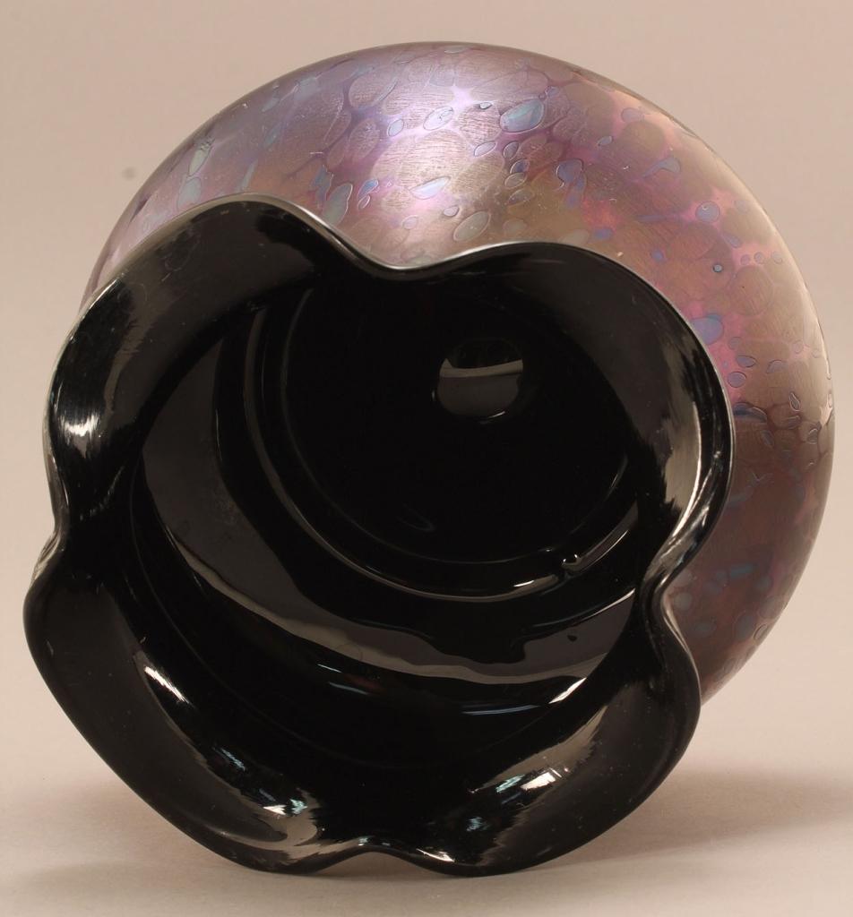 Lot 222: Rindskopf Oil Spot Art Glass Vase