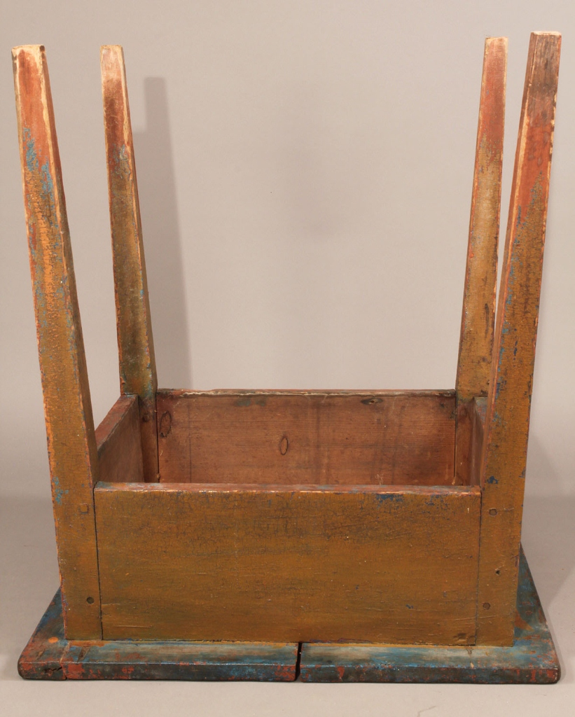 Lot 289: Southern painted Hepplewhite stand