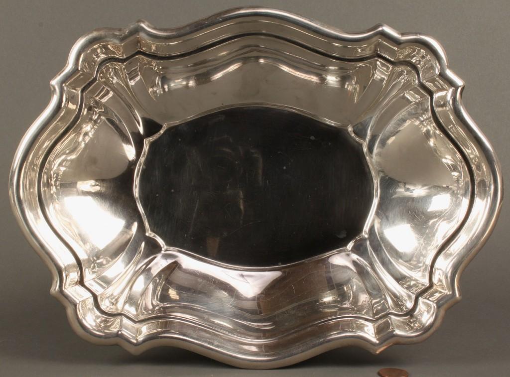 Lot 368: Reed & Barton sterling silver deep serving dish