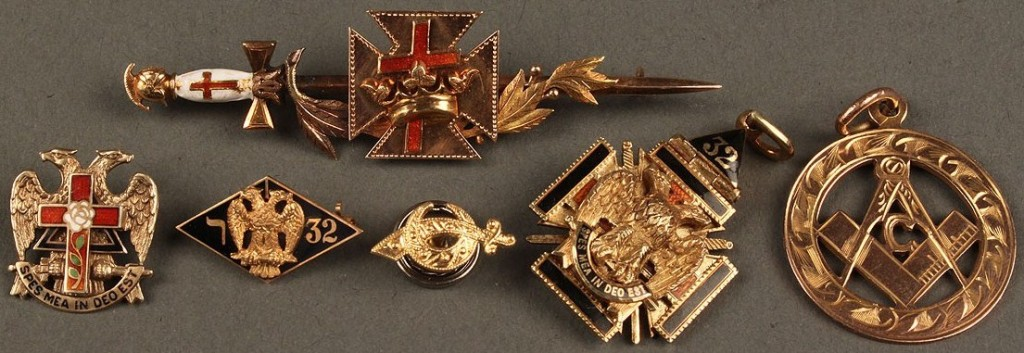 Lot 388: Group of Masonic items, 14K & 10K & enamel