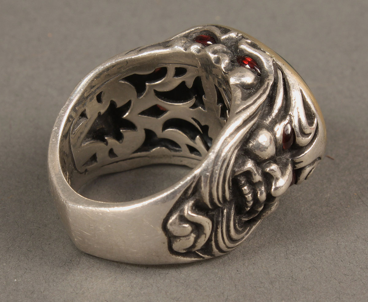 Lot 390 Stephen Webster Ring London Calling Gargoyles