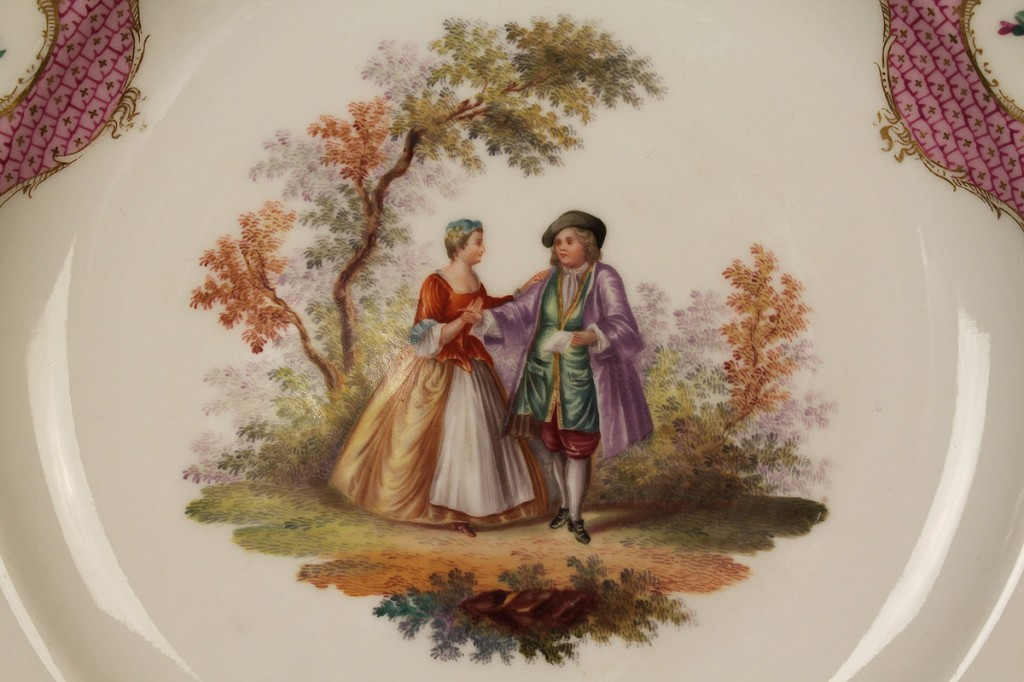 Lot 403: Four Meissen Porcelain Items