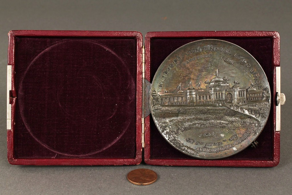 Lot 454: Commemorative medal: Tennessee Centennial