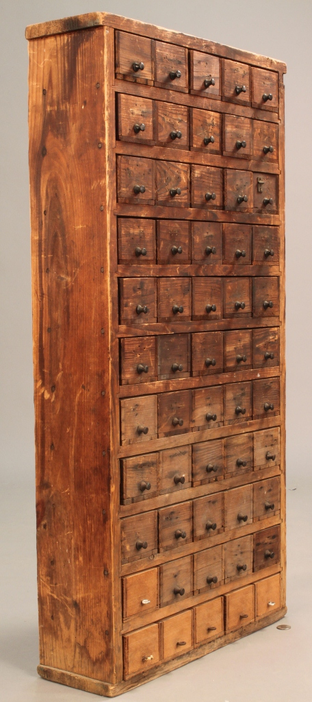 Lot 507: Hanging apothecary cabinet
