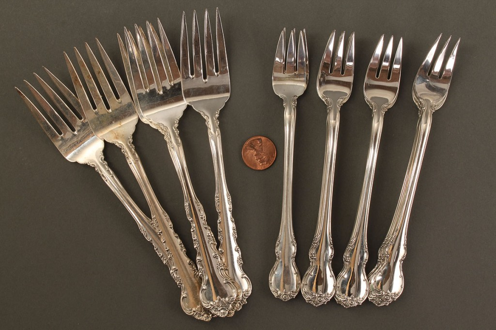 Lot 533: Assorted Towle Sterling Silver Flatware, 42 pieces