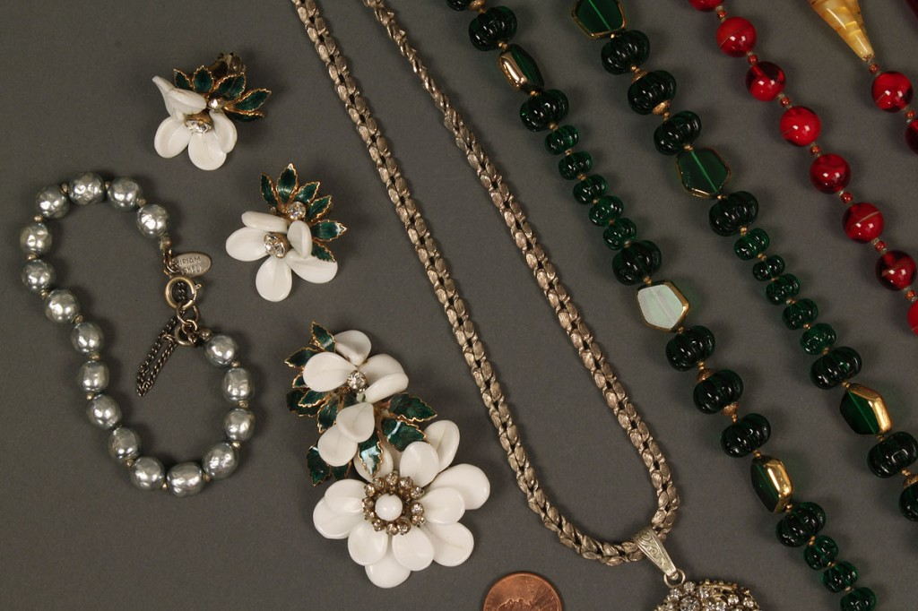 Lot 549: 8 signed Miriam Haskell Jewelry Items